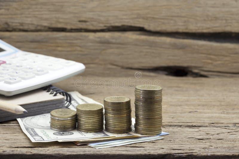Rzędy monety, pojęcie finanse i bankowość, obraz stock
