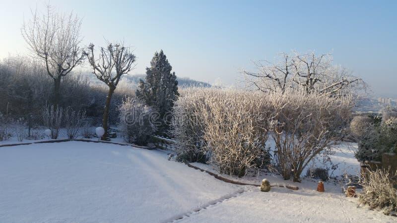 Rzburg ¼ голубого неба WÃ зимы стоковая фотография
