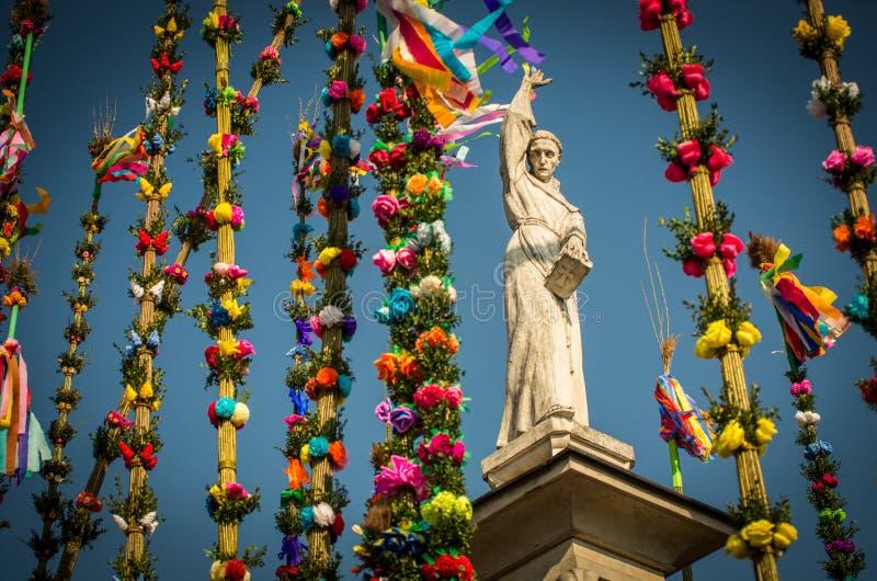 Rzeźba świętego Simons ` wielkanocy palmy zdjęcie stock