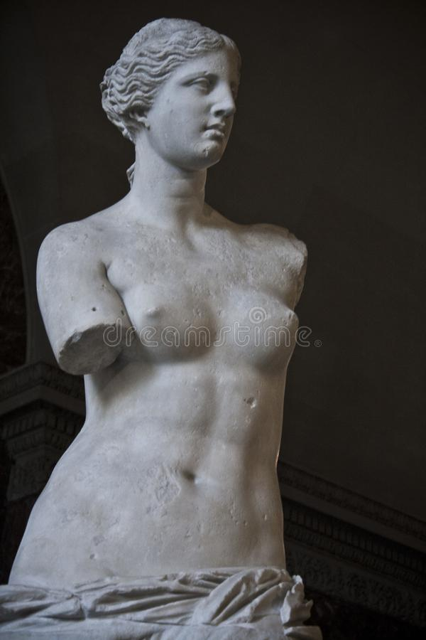 Rzeźba aphrodite milos w louvre muzeum zdjęcia royalty free
