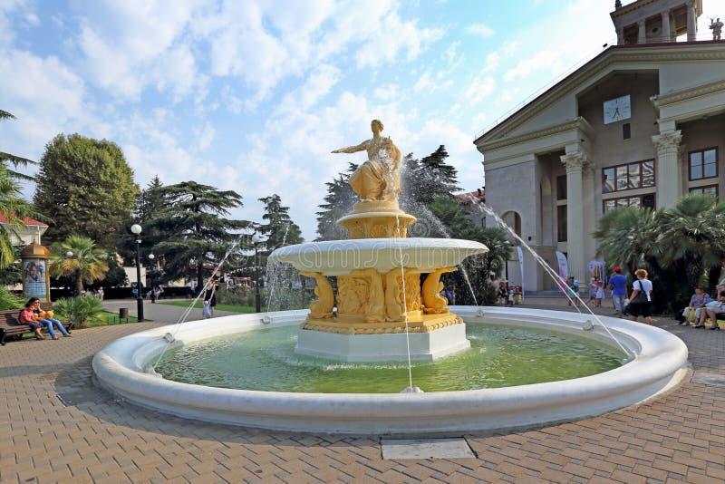 Rzeźba bogini nawigacja wśród fontanny pluśnięcia fotografia royalty free