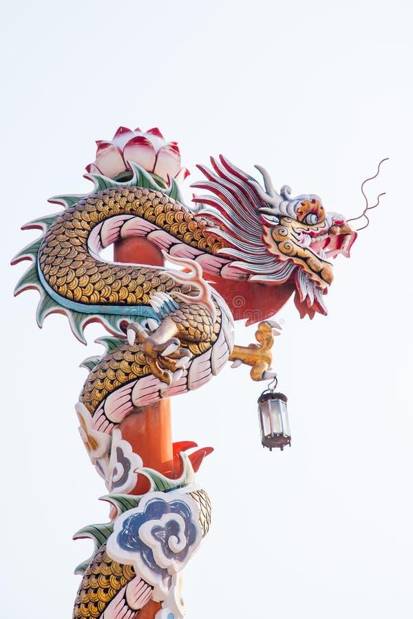 Download Rzeźba chiński smoka filar obraz stock. Obraz złożonej z oriental - 57664273