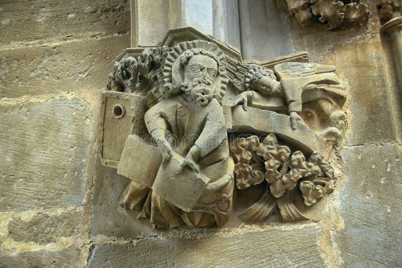 Rzeźba kapitał kościół fotografia stock