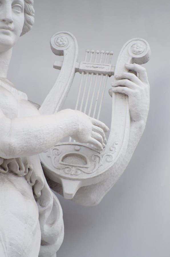 Rzeźba kobieta z lirą obrazy stock