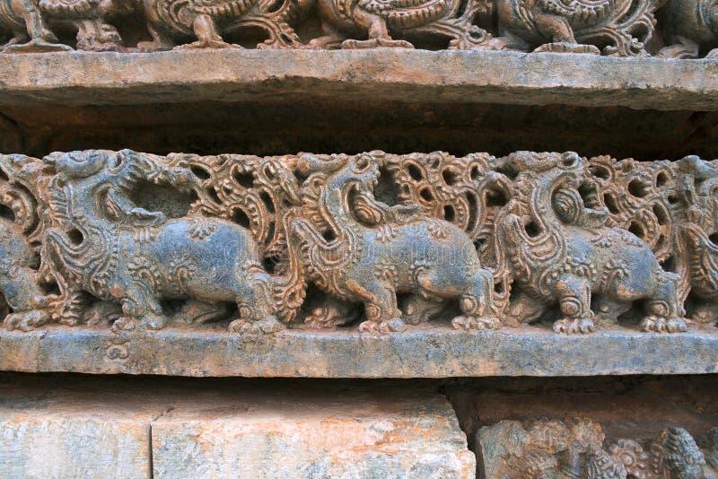 Rzeźba mityczna bestia Makara która jest mistycznym zwierzęciem, komponował paw, słoń, lew, świnia i krokodyl, przy zdjęcie stock