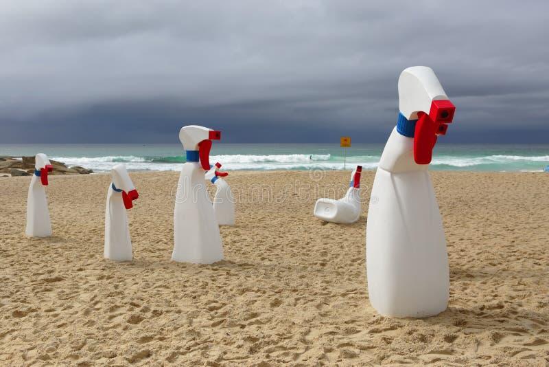 Rzeźba morzem - butelki obrazy royalty free