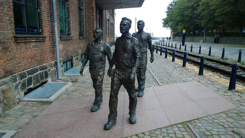 Rzeźba pracownicy śpieszy stocznia w mieście Helsingor obrazy stock