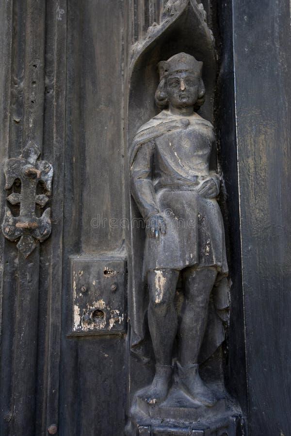 Rzeźba przy Czerwonym lwa hotelem w Colchester zdjęcie royalty free