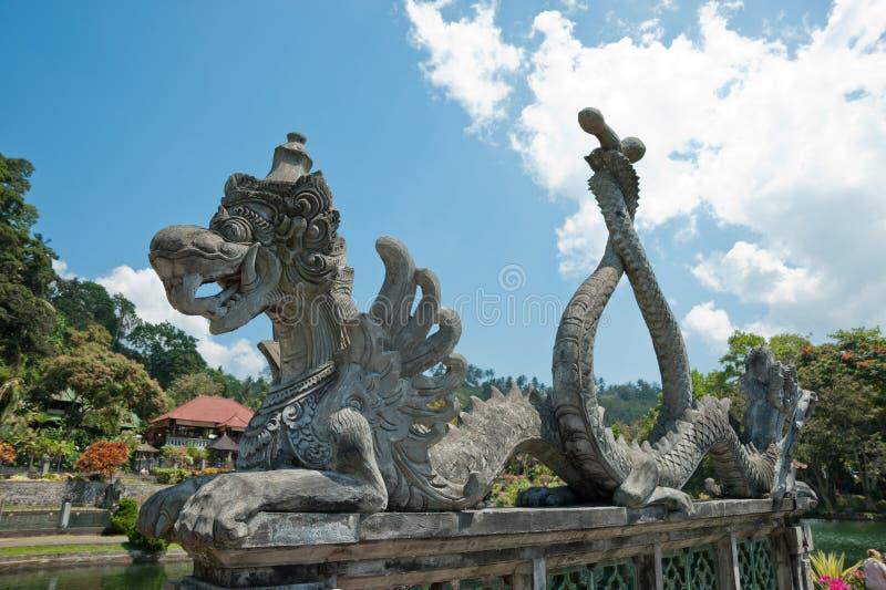 Download Rzeźba Przy Tirta Gangga Wody Pałac, Bali Obraz Stock - Obraz złożonej z arte, podróż: 57667437