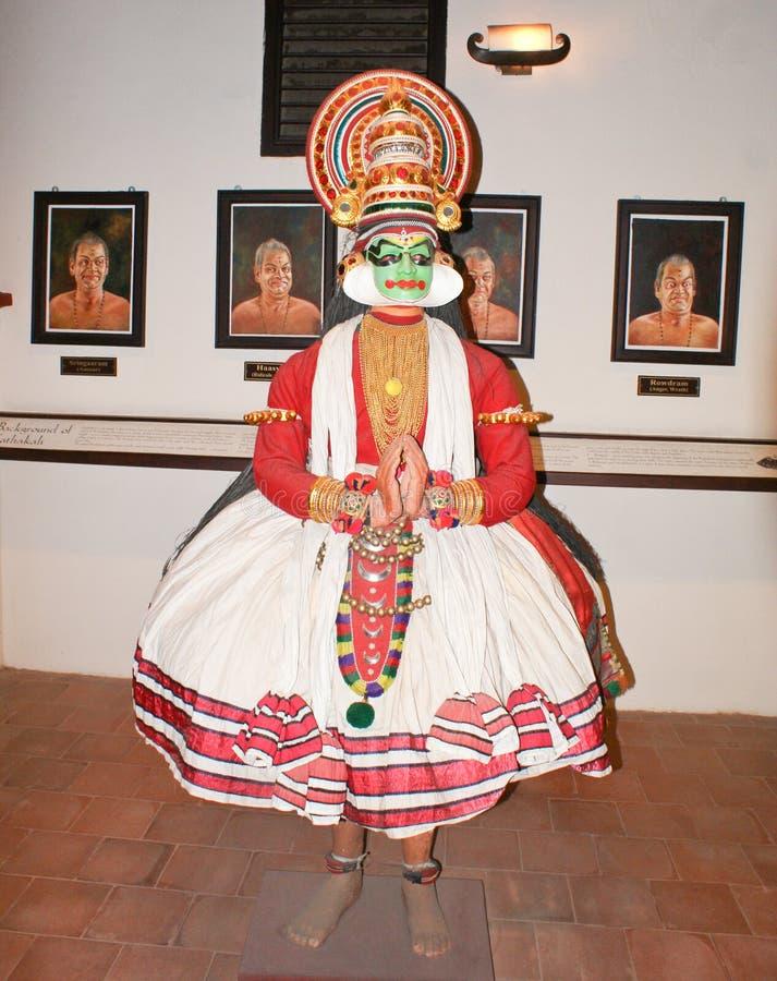 Rzeźba reprezentuje Kathakali tana w muzeum w Kochi zdjęcie stock