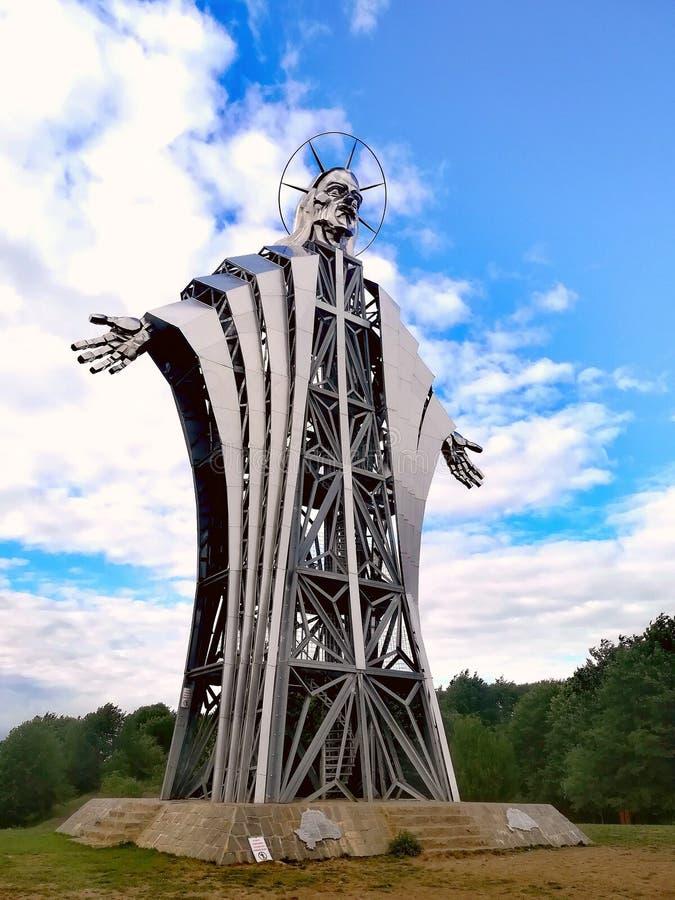 Rzeźba robić Zawaczky Walter Wysoka rzeźba reprezentuje Jezus od Europa, od Lupeni, Rumunia obrazy royalty free