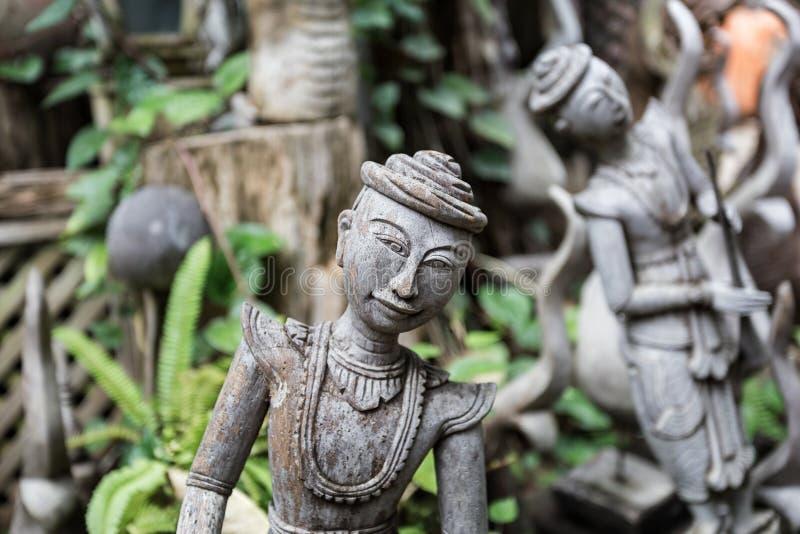 Rzeźbiący drewniany zdjęcia stock