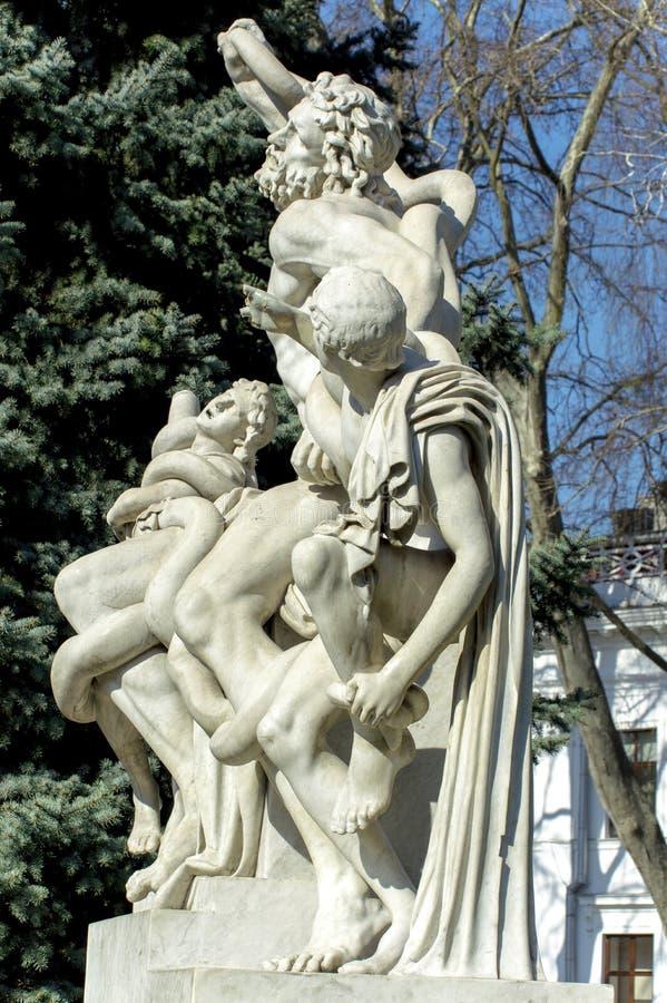 rzeźbi laocoon przed archeologicznym muzeum w mieście Odessa obraz royalty free
