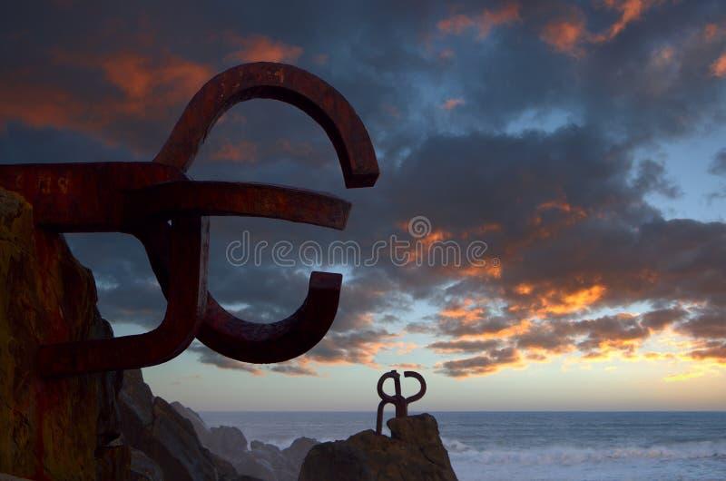 Rzeźbi Peine De Los Vientos w San Sebastian fotografia royalty free