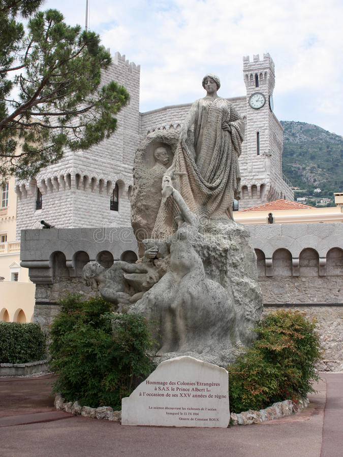 Rzeźbi W statuy Hommage koloni Aux trang res fotografia stock