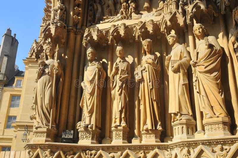 Rzeźby święty w Metz katedrze Francja fotografia royalty free