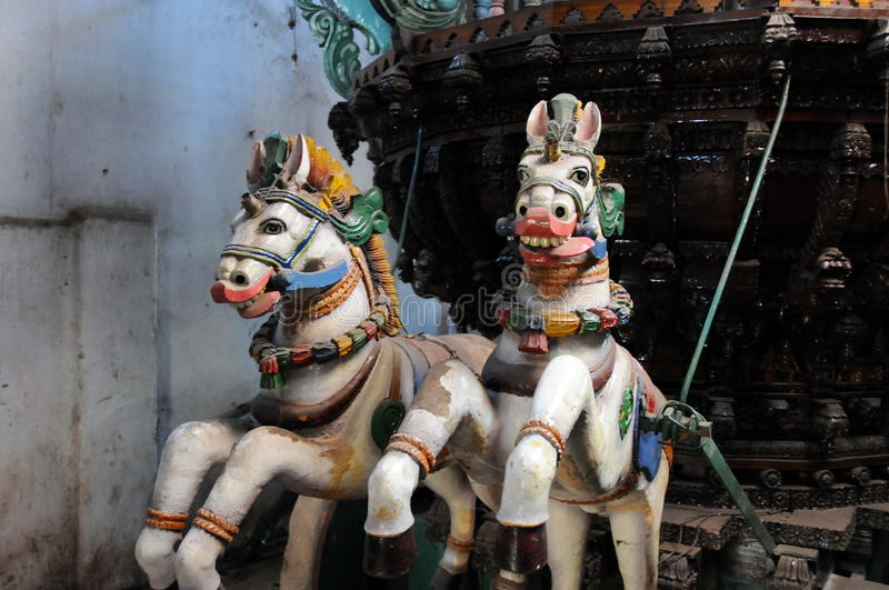 Rzeźby konie dla rocznego festiwalu religijnego w Sri Lanka fotografia stock