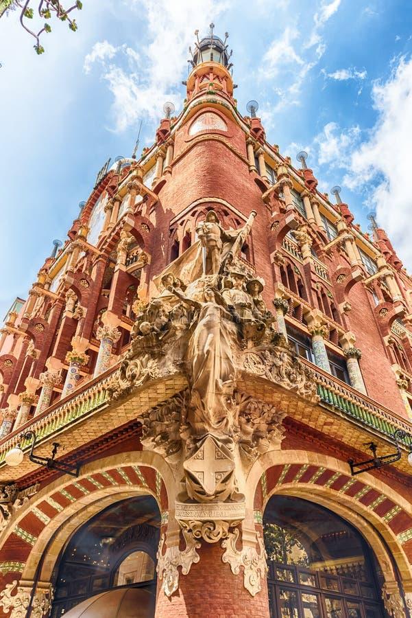 Rzeźby Palau De Los angeles Musica Catalana, Barcelona, Catalonia, obrazy stock