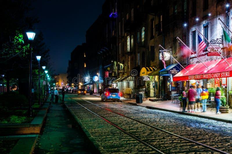 Rzeczna ulica przy nocą, w sawannie, Gruzja obrazy stock