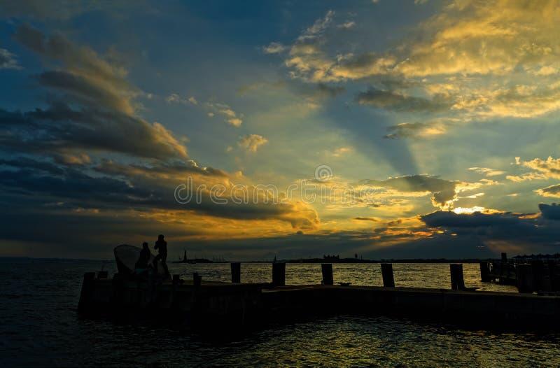 Rzeczny Hudson przy pięknym zmierzchem fotografia royalty free