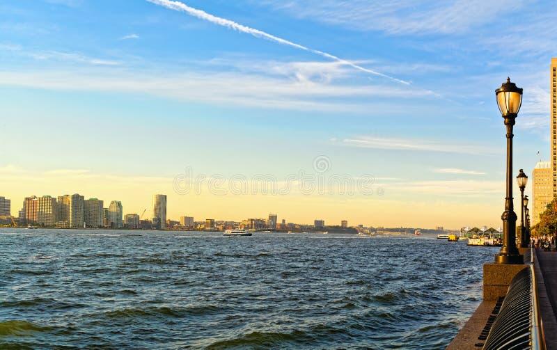 Rzeczny Hudson przy pięknym zmierzchem zdjęcie royalty free
