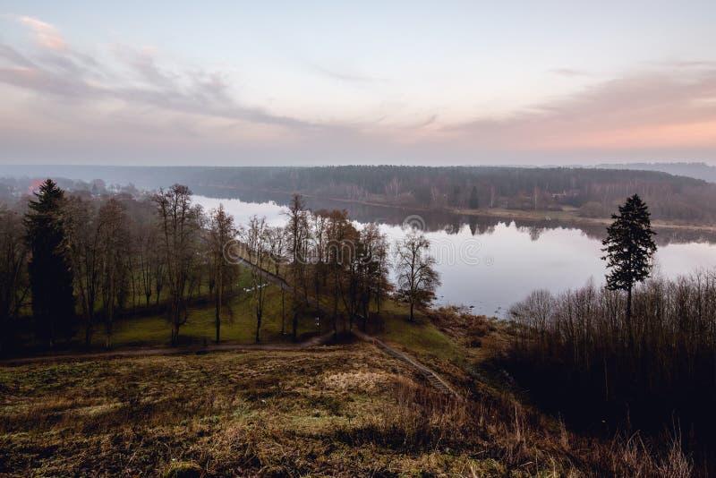 Download Rzeczny Nemunas W Mieście Birstonas, Lithuania Zdjęcie Stock - Obraz złożonej z lithuania, city: 106911220