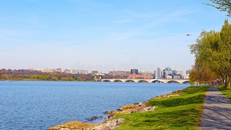 Rzeczny Potomac, Rosslyn i Kluczowy most w washington dc, fotografia royalty free