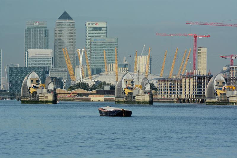 Rzeczny Thames widok O2, Thames bariera, Docklands zdjęcie stock
