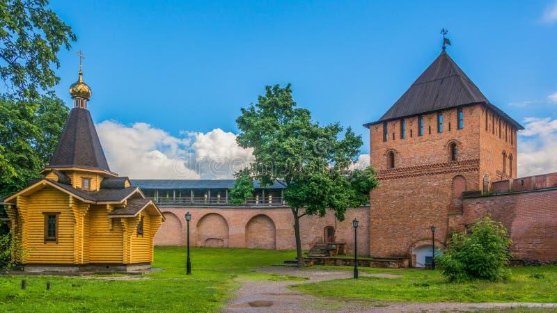 Rzeczny Volkhov Kremlin i Novgorod, Rosja zdjęcie royalty free