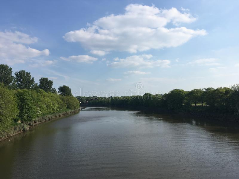 Rzeczny widok od mosta fotografia royalty free