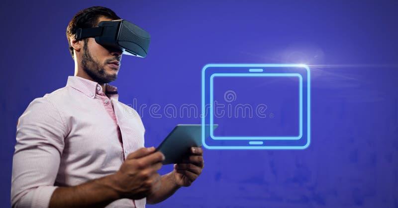 Rzeczywistości Wirtualnej słuchawki na mężczyzna mienia pastylce z elektrycznej pastylki prostokątną ikoną royalty ilustracja