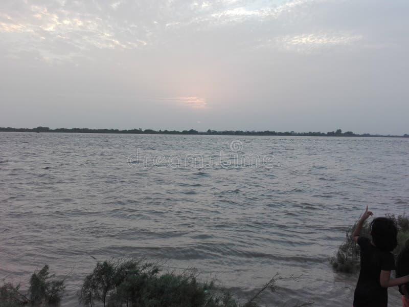 Rzeka Indus przy Kotri zaporą zdjęcia stock