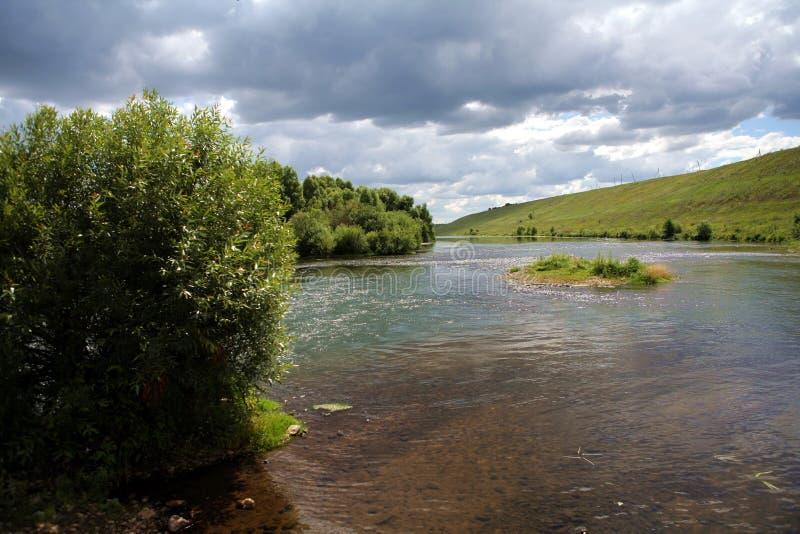 rzeka niebo zdjęcia royalty free