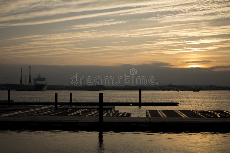 Rzeka Próbny Southampton przy zmierzchem fotografia royalty free