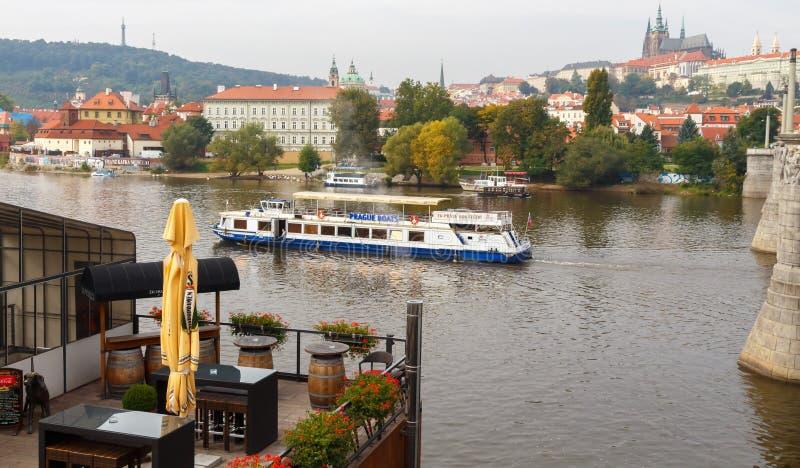 rzeka prague Vltava cesky krumlov republiki czech miasta średniowieczny stary widok fotografia royalty free
