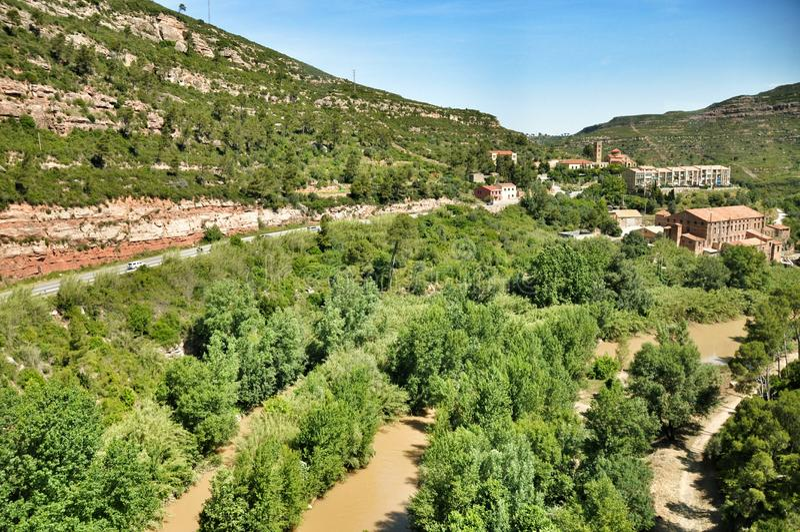Rzeka w górach Montserrat zdjęcia stock