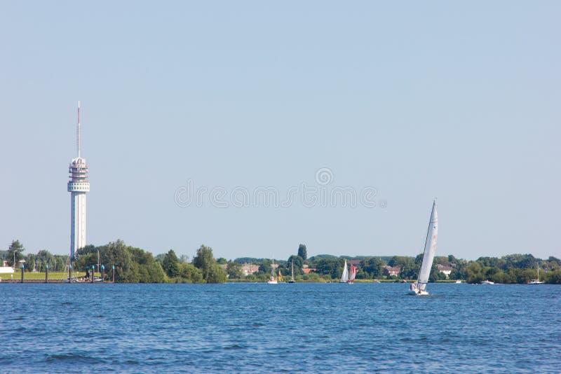 Download Rzeka W Holland Natury Wakacyjnym Wakacje Letni Zdjęcie Stock - Obraz złożonej z lato, pogodny: 53785484