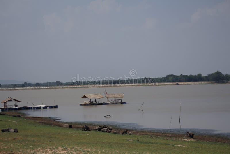 Rzeki, miejsce spoczynku i naturalna turystyka, obrazy stock