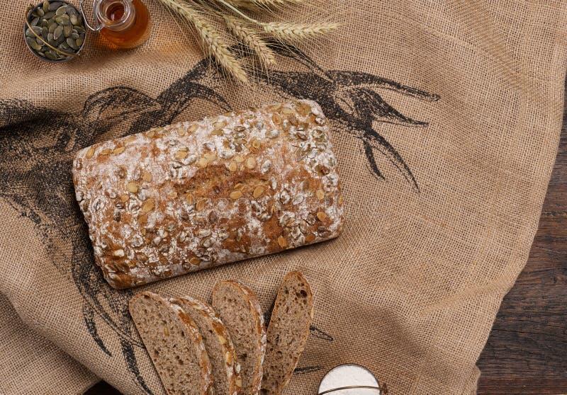 Rzemieślnika chlebowy bochenek zdjęcia royalty free