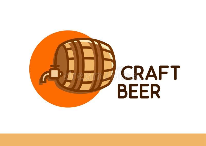 Rzemiosła piwa logo Drewniana baryłka z piwem - Wektorowy emblemat na bielu royalty ilustracja