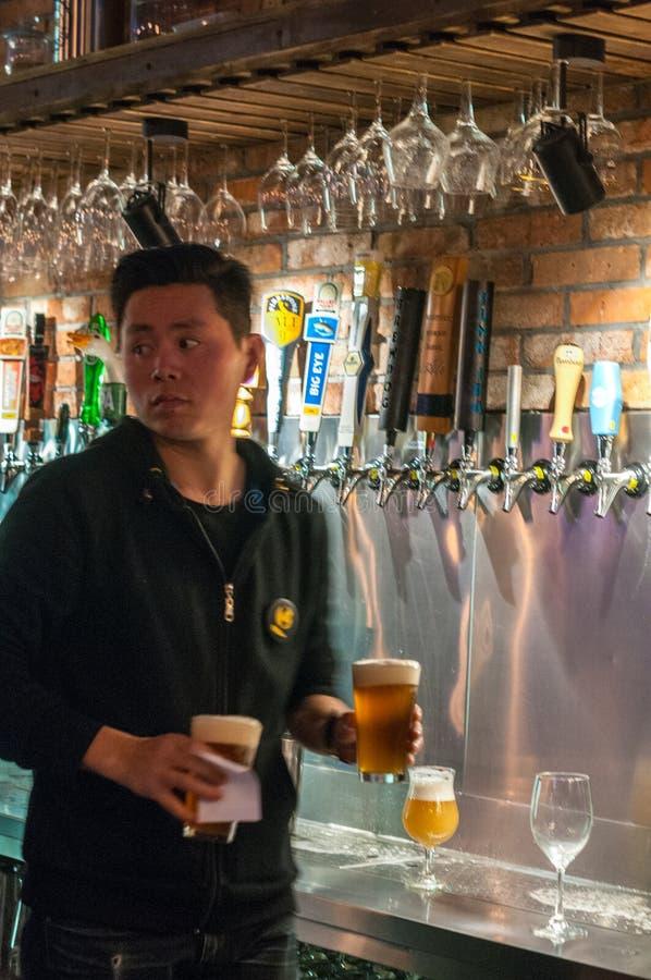 Rzemiosła piwo w Szanghaj obraz stock
