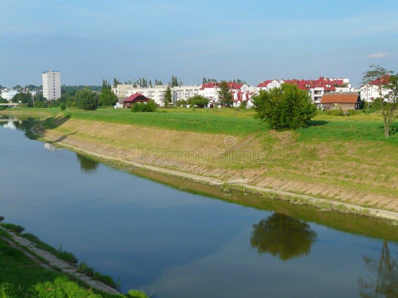 RZESZOW-paisagem com o Polônia do rio de Wislok fotografia de stock