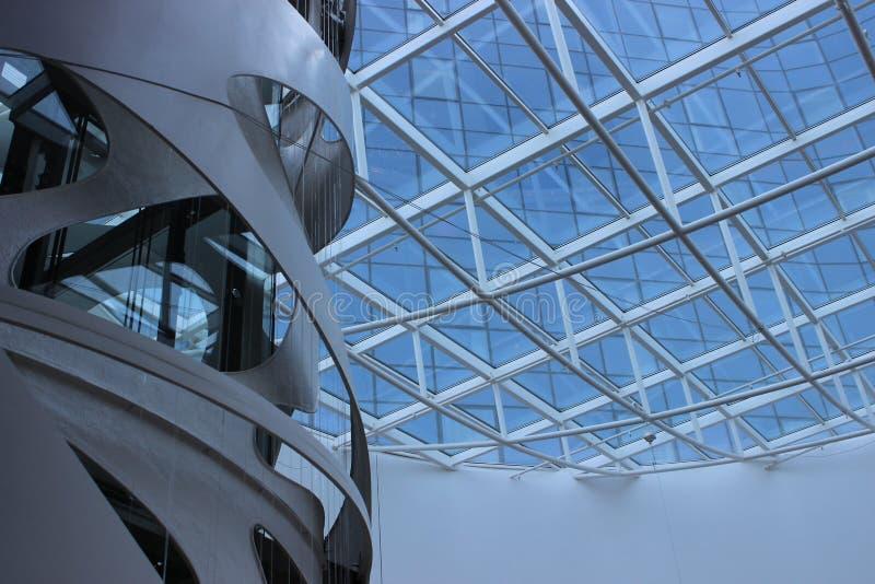 Rzeszow, Pologne - intérieur moderne du centre commercial photos libres de droits