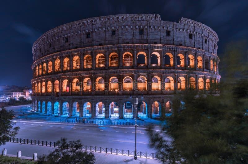 Rzym noc Colosseum Pejzaż miejski, kolosseum z nocy światłem obraz royalty free