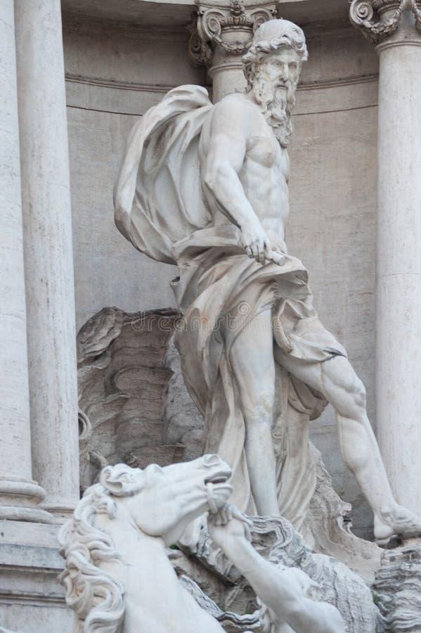 Rzym statua przy Outside od kamienia marmuru stylu imperium rzymskie artystów projekt w Rzym Włochy 2014 fotografia royalty free