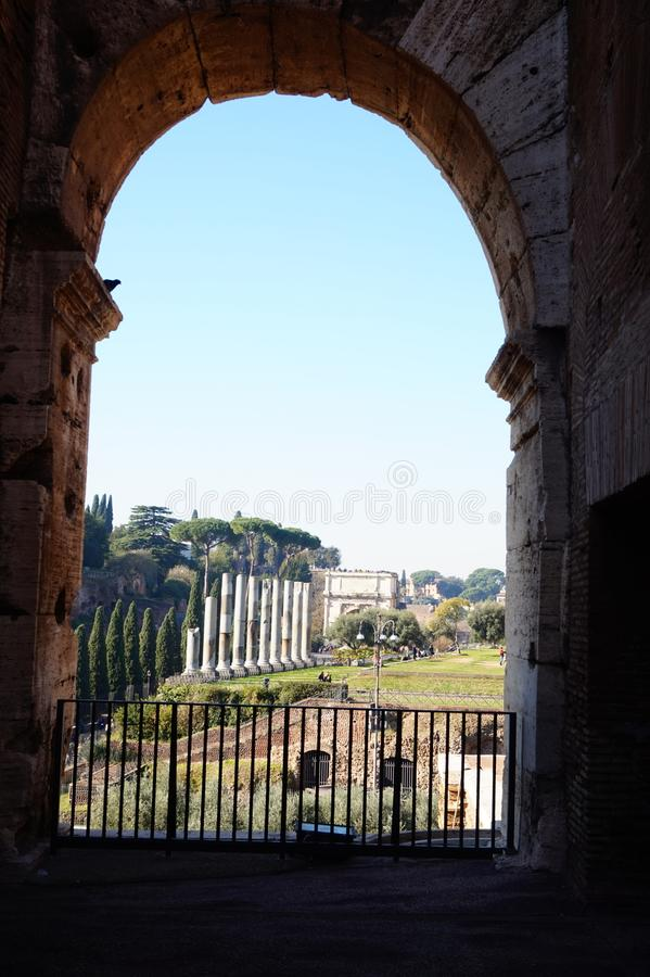 Rzym, Włochy - 8 2016 Grudzień: Widok od Coloseum obrazy stock