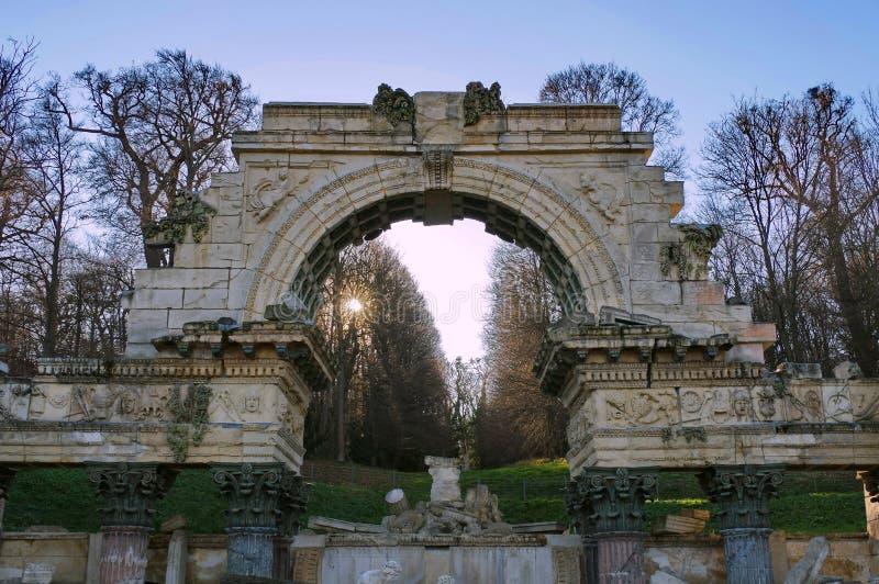 Rzymianin ruiny przy Schonbrunn zdjęcie stock