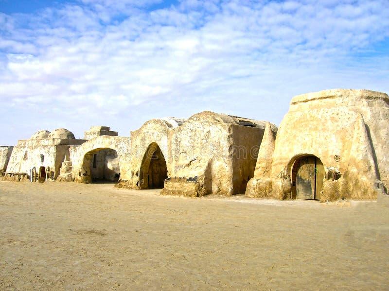Sáhara, Túnez - 3 de enero de 2008: Sistemas abandonados para el tiroteo de la película Star Wars fotografía de archivo libre de regalías