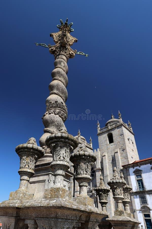 Sè tun Porto, auf Hintergrund der Oporto Catedral, Portugal Europa stockfotografie