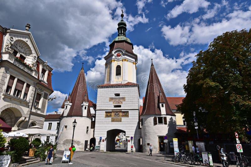 SÃ ¼ dtirolerplatz en Steiner-Piek in Krems stock fotografie